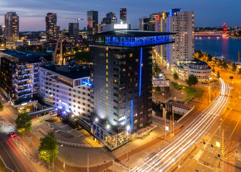 Uitzicht op het Inntel Hotel in Rotterdam