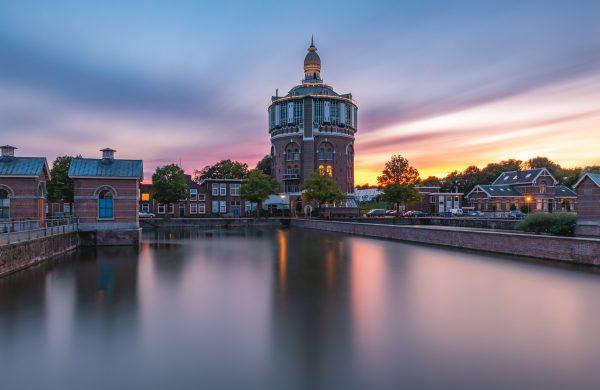 Zonsondergang bij Watertoren De Esch (Rotterdam)