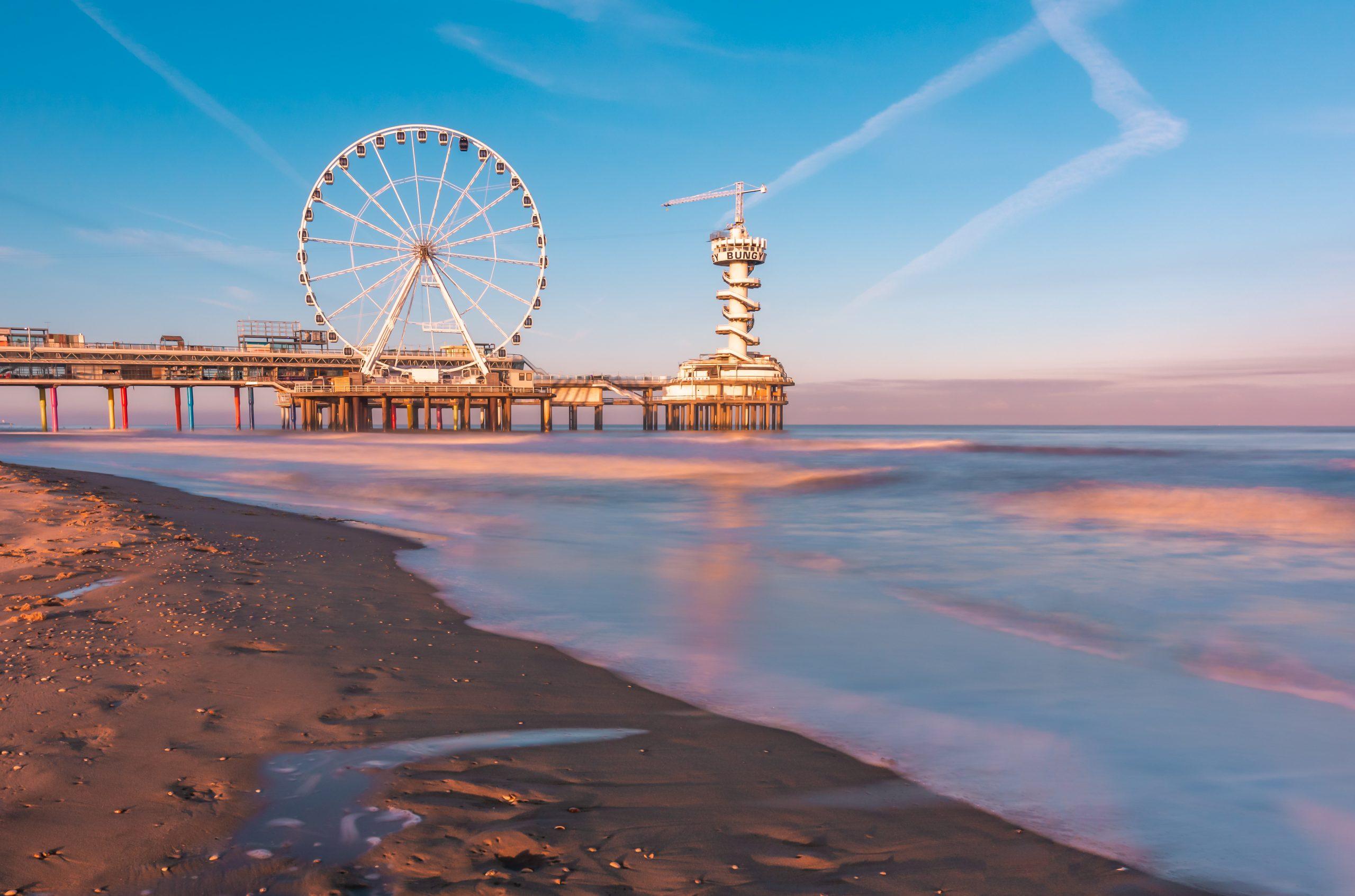 Een zonsopkomst aan de Pier van Scheveningen